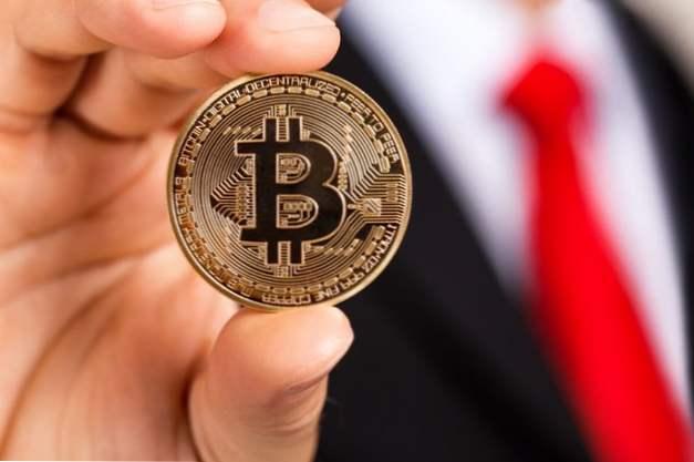 La Storia di Bitcoin